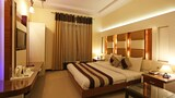 Choose This Mid-Range Hotel in New Delhi