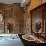 Executive Suite, River View - Banyo