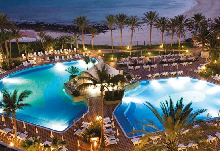 Hotel Riu Palace Tres Islas, La Oliva, Utendørsbasseng