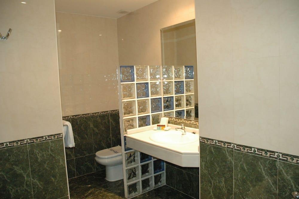 Suite, 1 cama de casal - Casa de banho