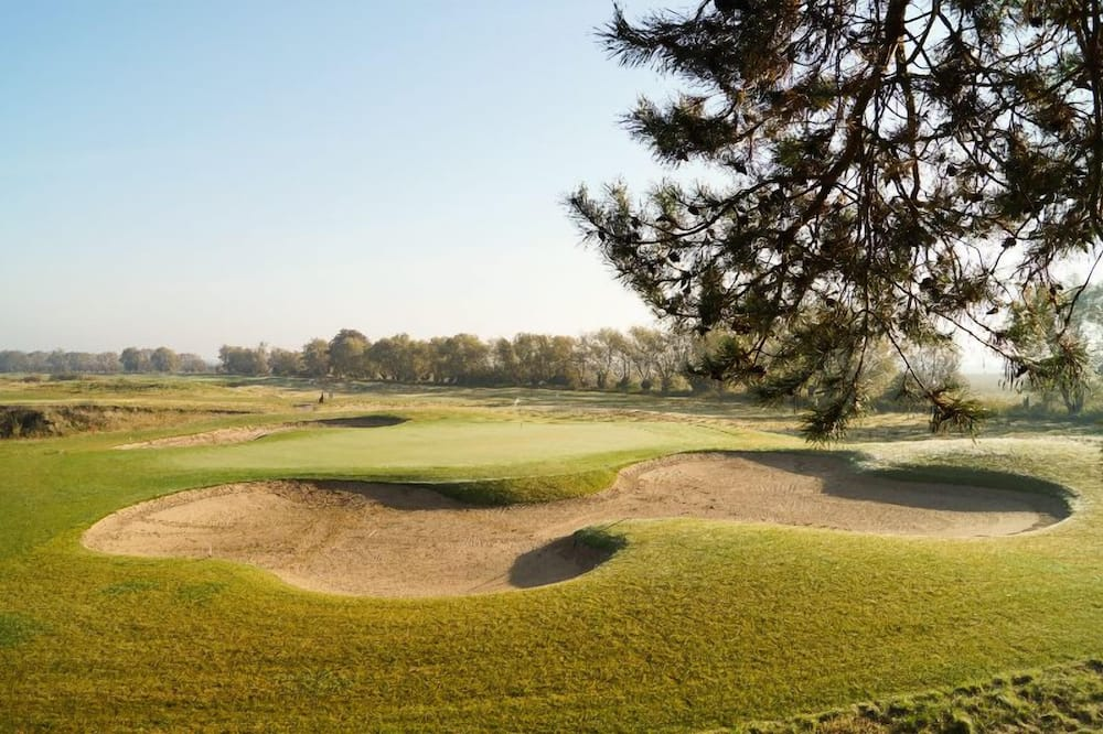 Pokój dwuosobowy - Widok na pole golfowe