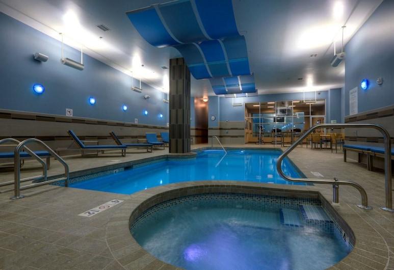 Holiday Inn Hotel & Suites Saskatoon Downtown, Саскатун, Басейн