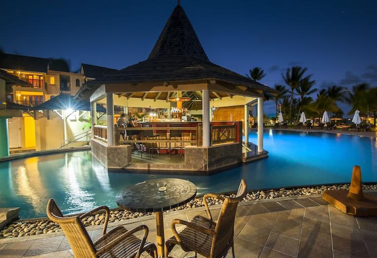 Jalsa Beach Hotel & Spa, Poste Lafayette, Poolbar