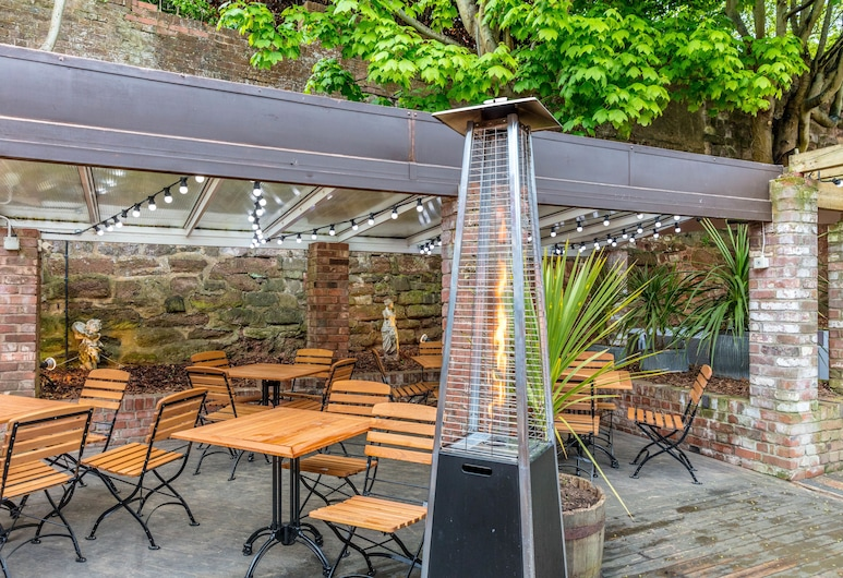 The City Gate Hotel, Exeter, Terrace/Patio