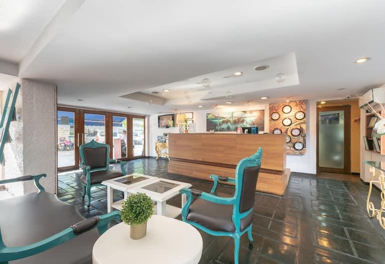 OYO 209 綠洲帕可公園飯店, 馬尼拉, 櫃台