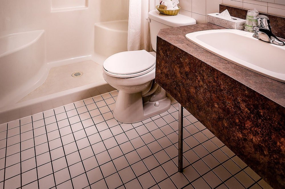 Apartmá s ložnicí a obývacím koutem, 2 dvojlůžka (180 cm) - Koupelna