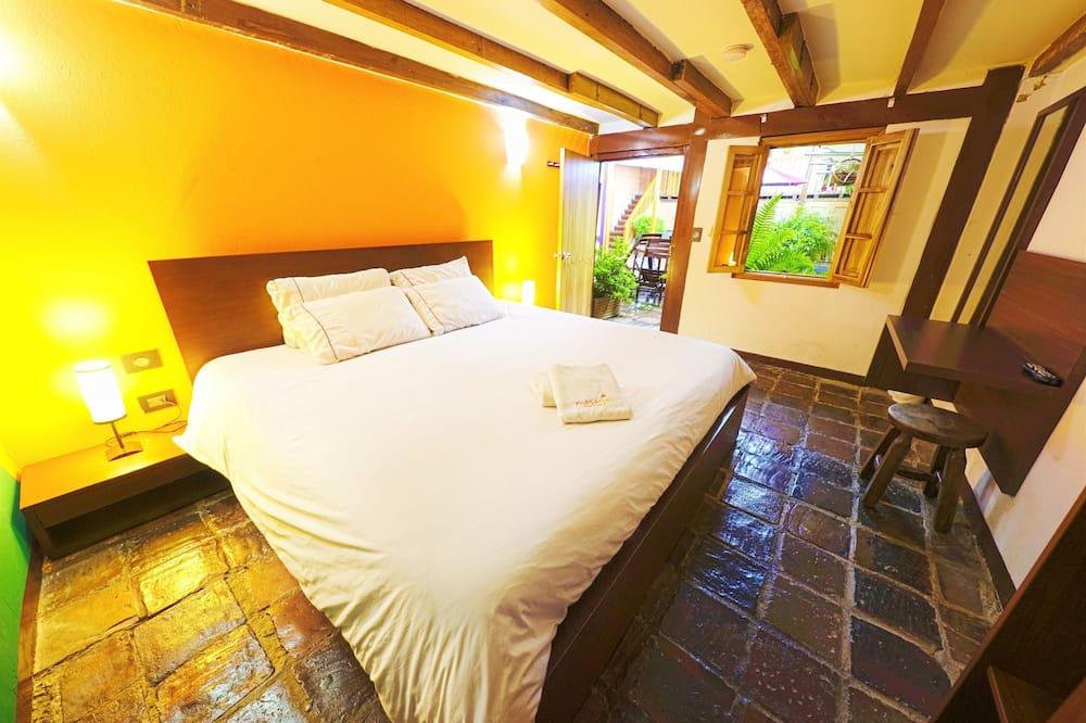 Standard Δίκλινο Δωμάτιο (Double), Κοινόχρηστο Μπάνιο - Δωμάτιο επισκεπτών