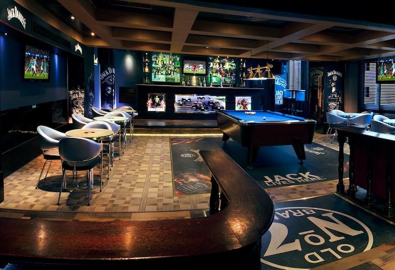 Grand Safir Hotel, Manama, Bar deportivo