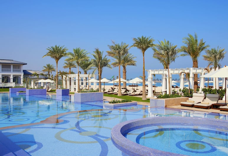 The St. Regis Abu Dhabi, Abu Dhabi, Outdoor Pool