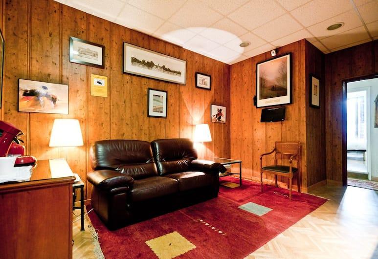 Hostal Asuncion, Madrid, Prostor za sjedenje u predvorju