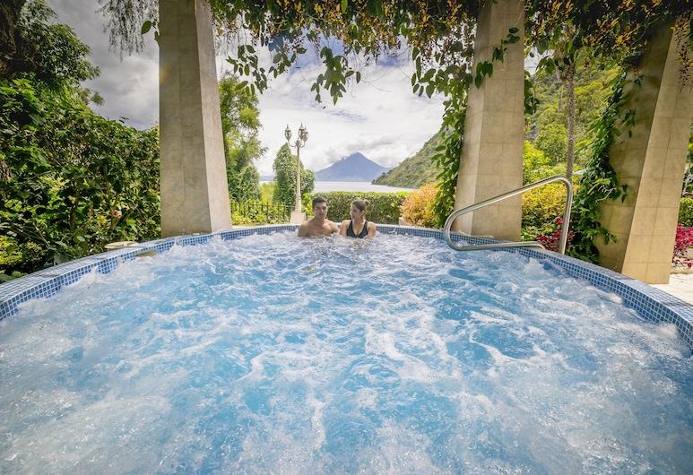 Hotel La Riviera de Atitlan, Panajachel, Outdoor Spa Tub