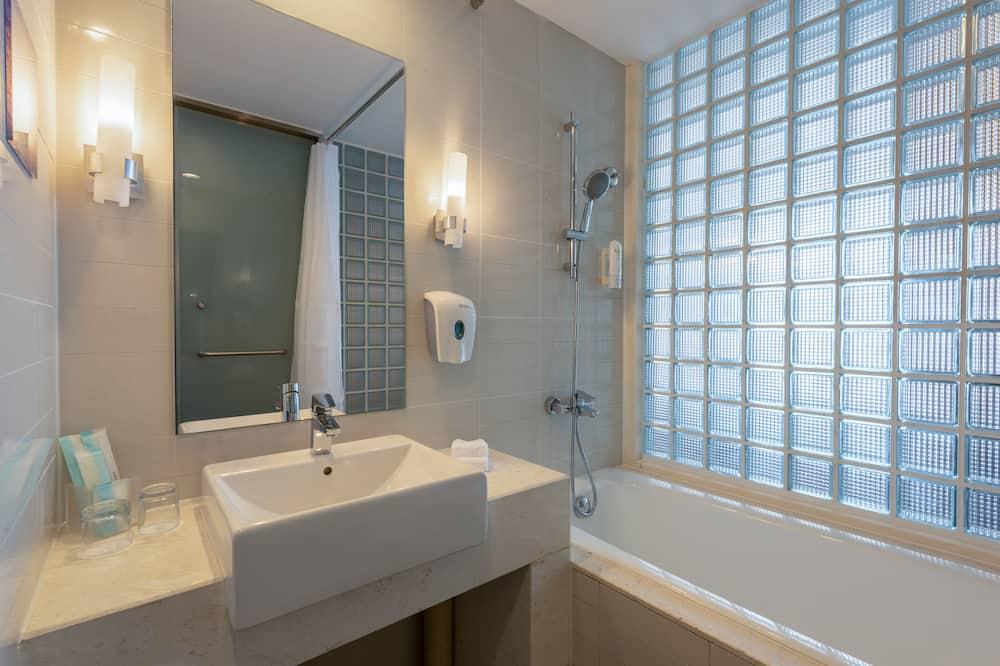 Quarto, 1 cama queen-size, Acessível (Wheelchair) - Casa de banho
