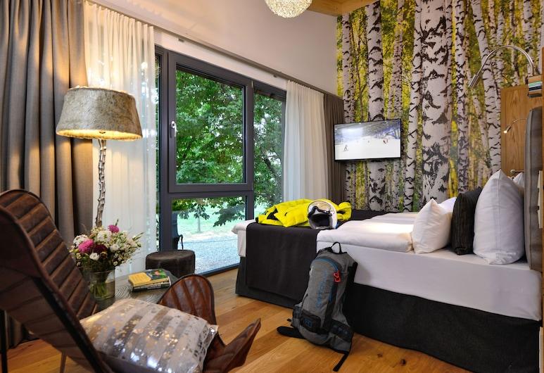โรงแรมไฟร์แอนด์ไฮซ์, นอยซ์, บ้านต้นไม้ซูพีเรีย, วิวสวน, วิวจากห้องพัก