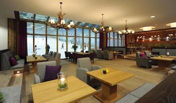 תמונה של Hotel Fire & Ice בנאוס