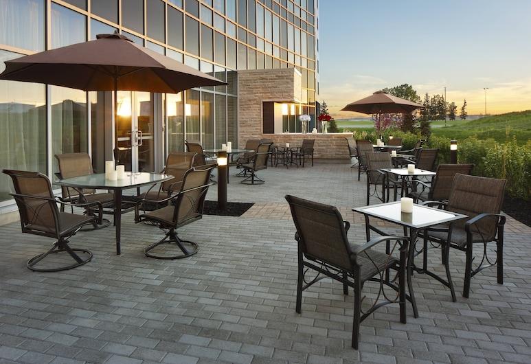 Courtyard by Marriott Calgary Airport, Calgary, Terrace/Patio