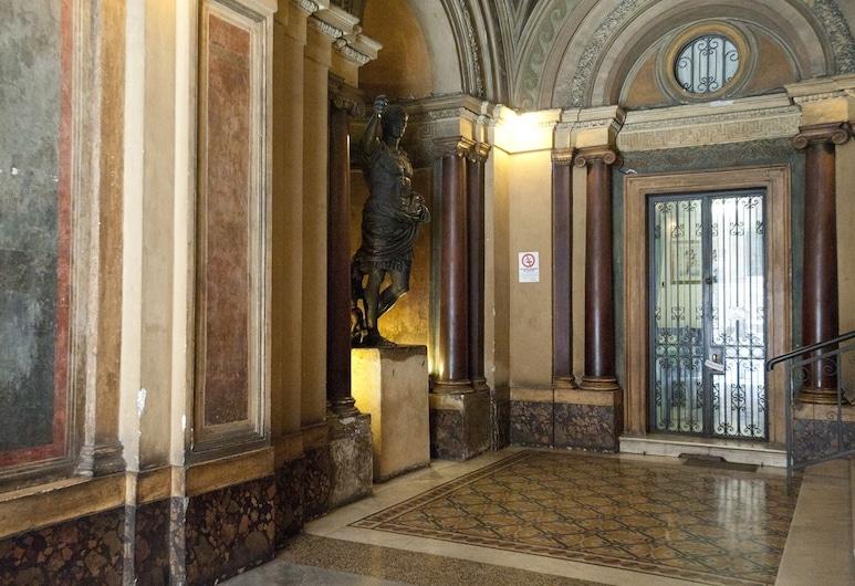 Four Rivers Suites in Rome, Rom, Lobby