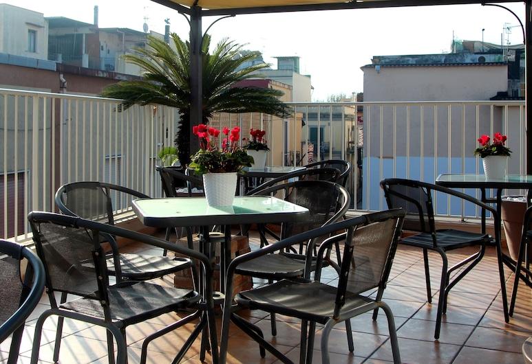Hotel Santa Caterina, Pompei, Terrace/Patio