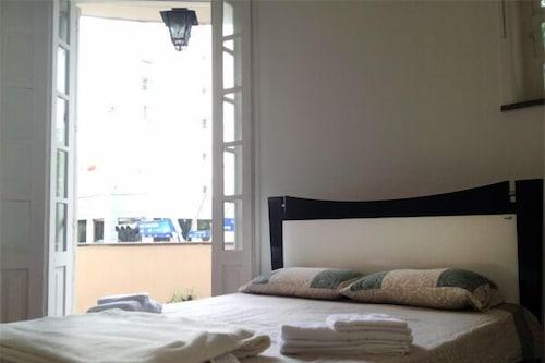 路易茲勒布隆公寓飯店/