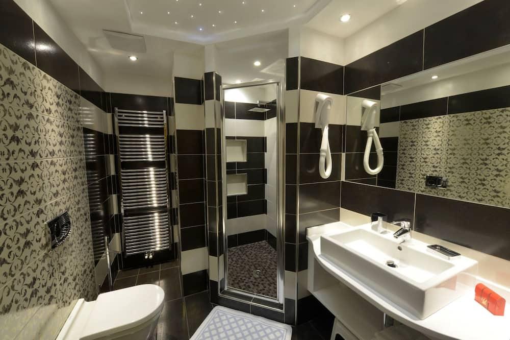 浪漫套房 - 浴室