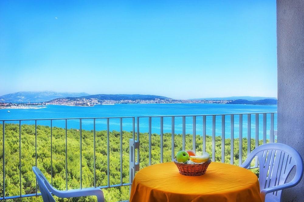 Standard Triple Room, Balcony, Sea View - Guest Room