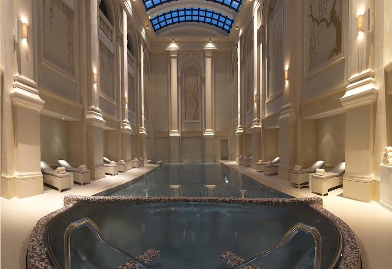 Four Seasons Hotel Baku, Baku, Binnenzwembad