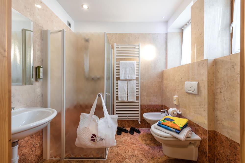 Трехместный номер «Классик» (Luna) - Ванная комната