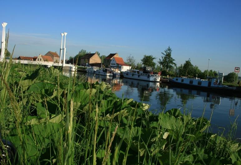 Bed & Breakfast Ter Brugge, Jabbeke, Vista al lago