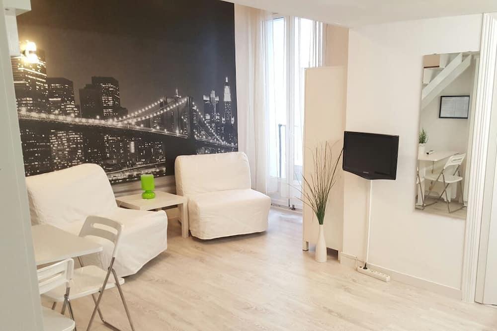 Студия «Джуниор» - Зона гостиной