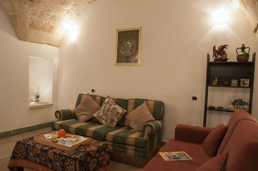Phòng Suite Deluxe - Khu phòng khách