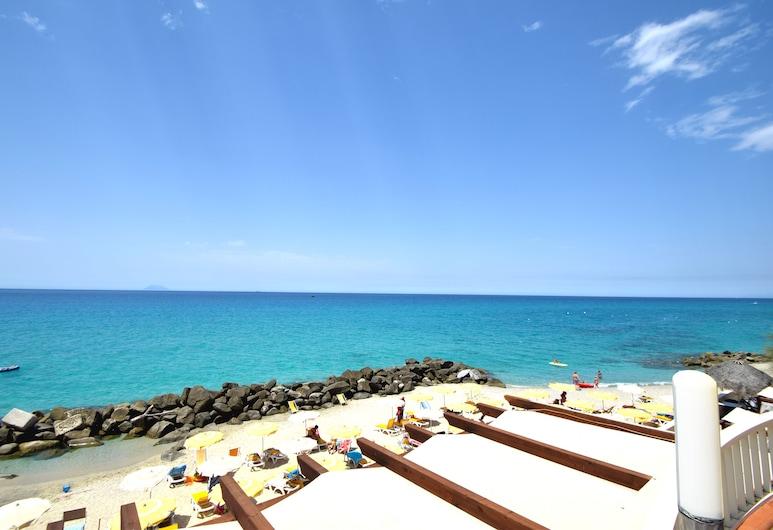 Resort Hotel Rocca di Vadaro, Ricadi, Playa