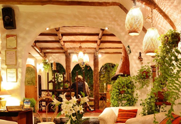Hostal Madre Tierra, Cusco, Sitzecke in der Lobby