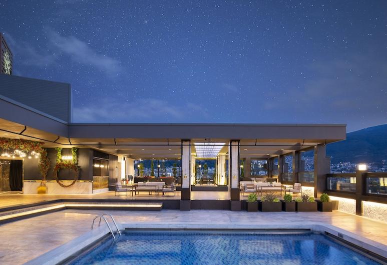 阿爾米拉溫泉 Spa 飯店及會議中心, 布爾沙, 露台