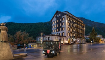 The Dom Hotel