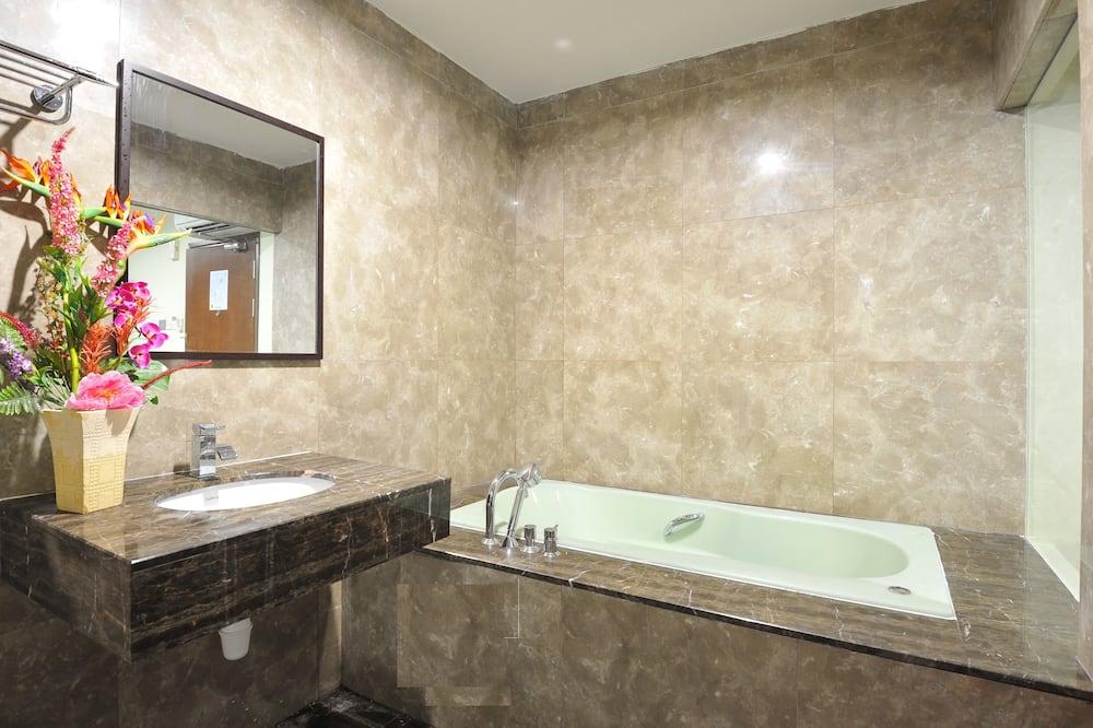 Phòng Premier, 1 giường cỡ king - Phòng tắm