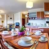 Apartament standardowy, 1 sypialnia, widok na góry - Wyżywienie w pokoju