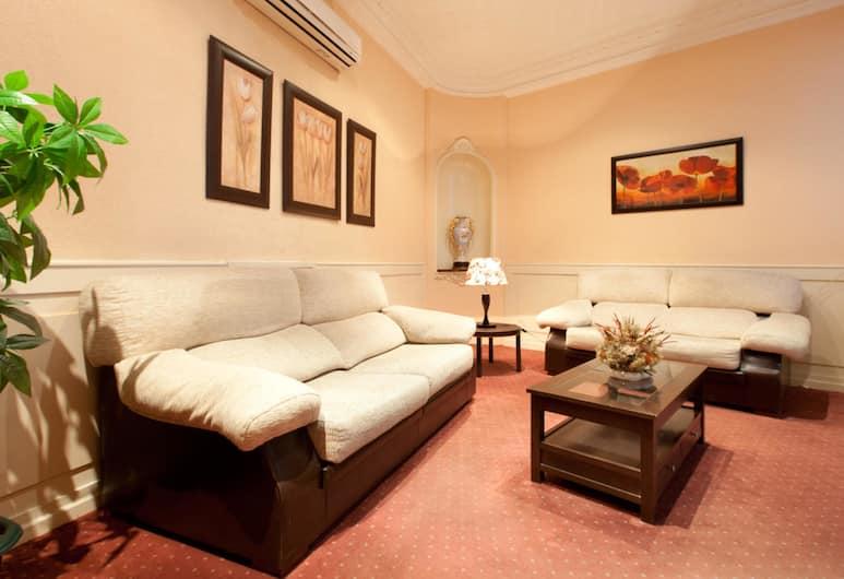 Hostal Condestable, Madryt, Infrastruktura wewnętrzna hotelu