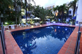 Picture of St Tropez Apartments in Surfers Paradise