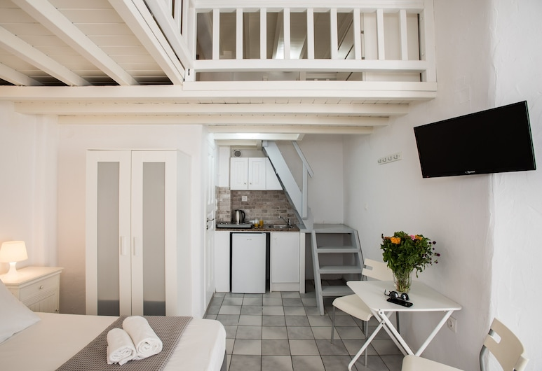 Madres Houses, Mykonos, Apartment, Private kitchenette