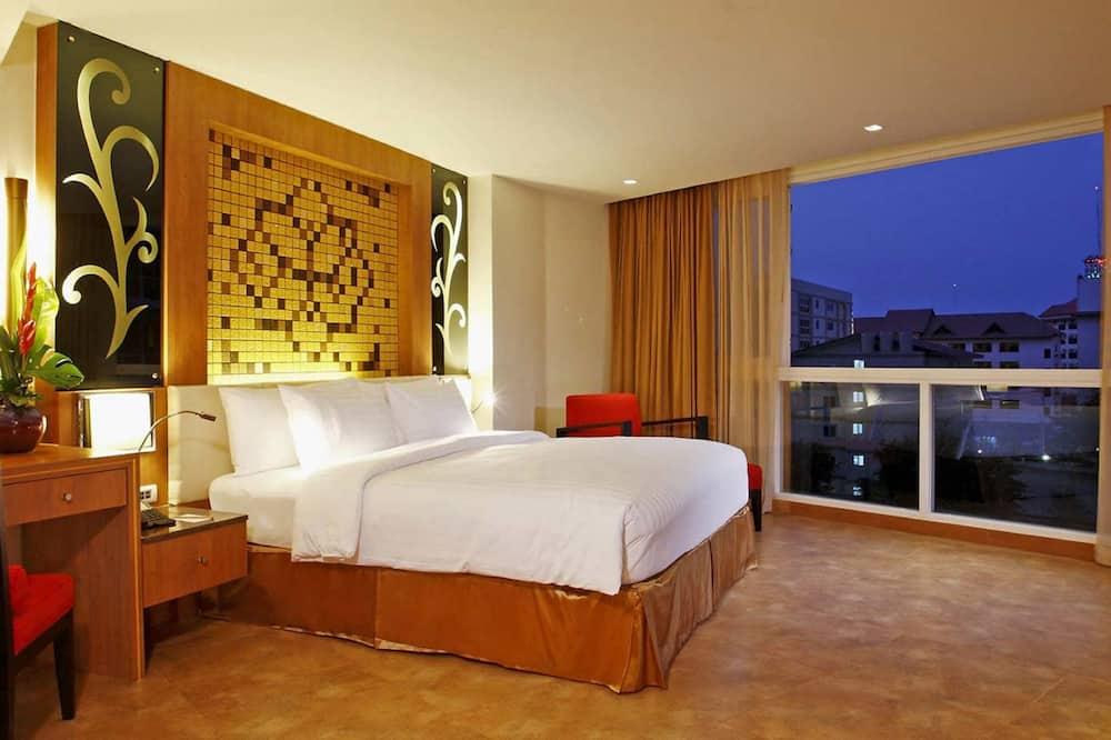 Номер-люкс, 1 спальня - Вид з номера