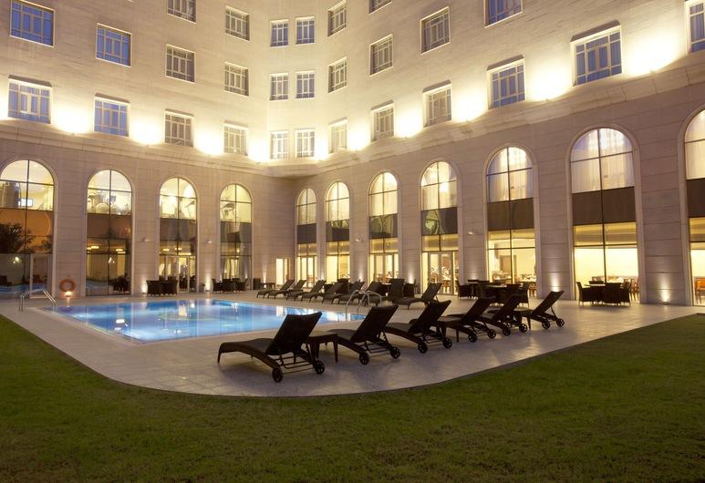 Concorde Hotel Doha, Doha, Bubbelpool utomhus