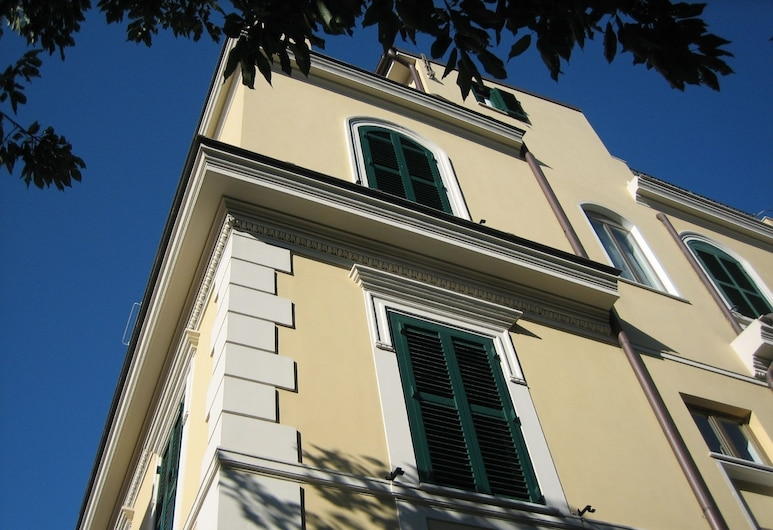 羅特拉薩科 B&B 旅舍, 羅馬, 飯店正面