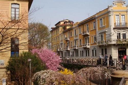 索爾費里諾古老酒店/