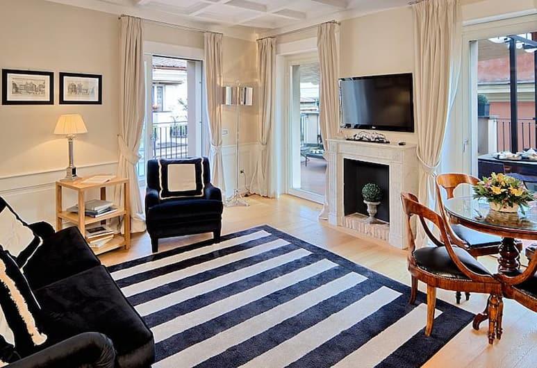 Trevi Palace Luxury Inn, Roma, Master Suite, Ruang Keluarga