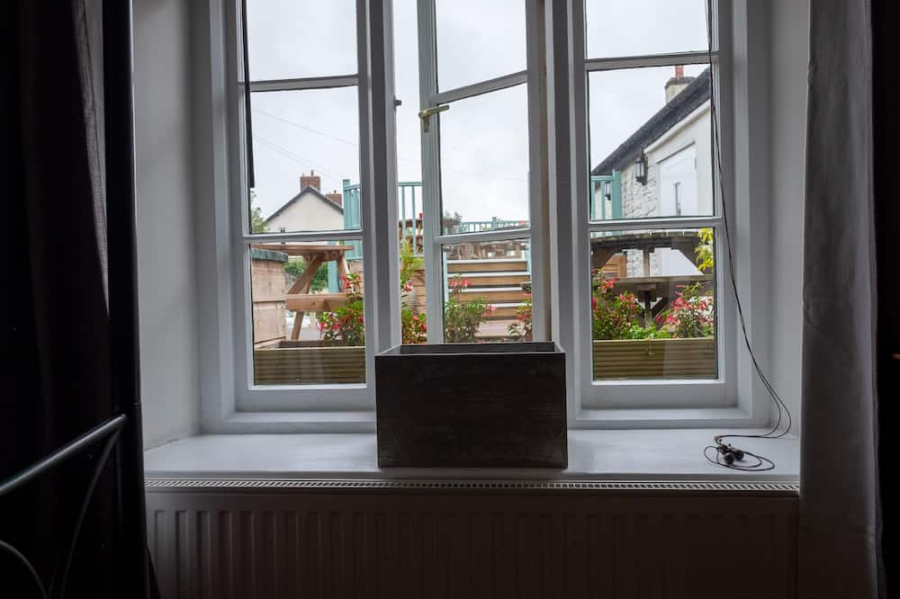 Standard Double Room, Ensuite (Room 4) - Balcony View