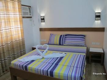 Picture of Sea Jewel Beach Resort in Puerto Galera