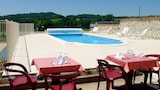 Reserve this hotel in Jussac, France