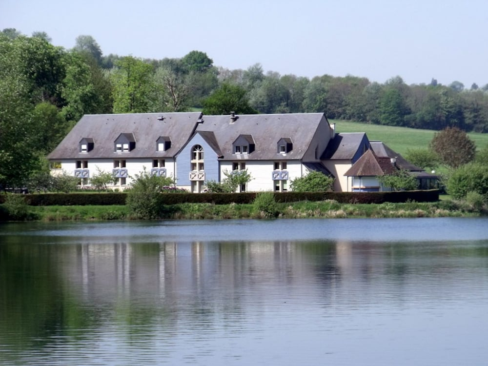 Eden Park, Pont-l'Eveque