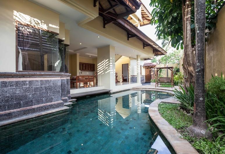Putri Bali Villa, Seminyak, Indoor Pool