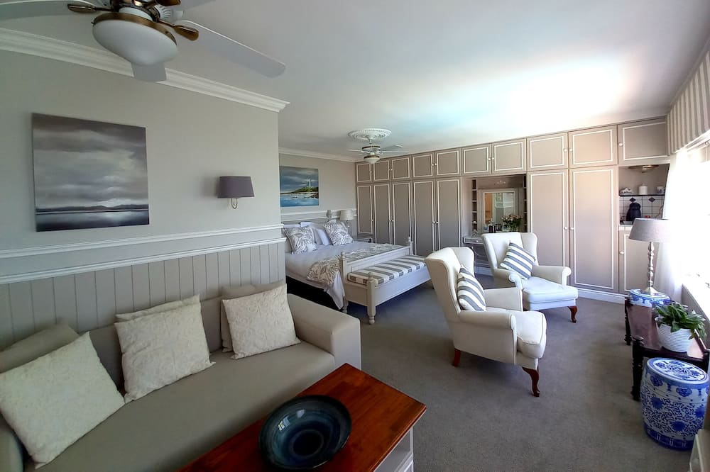 Aukštesnės klasės dvivietis kambarys, 1 miegamasis, Nerūkantiesiems, vaizdas į jūrą - Vakarienės kambaryje