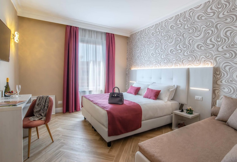 The Boutique Hotel, Rome, Superior Room, 1 Double Bed with Sofa bed, Guest Room